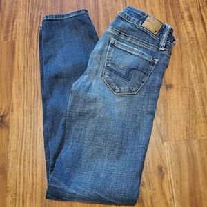 American Eagle Stretch Skinny Low Rise Short Jeans